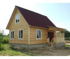 Бригада строителей специализируется на строительстве домов, бань, гаражей  из бруса, а также крыш лю